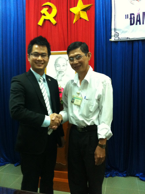 Lawyer Hoa works with department of science and technology of Soc Trang