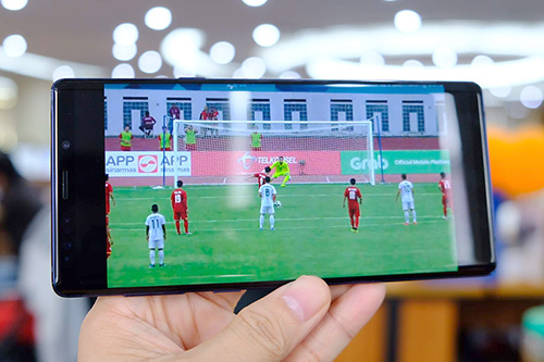 TV rights infringements hurt Vietnam broadcasters, viewers on the fence